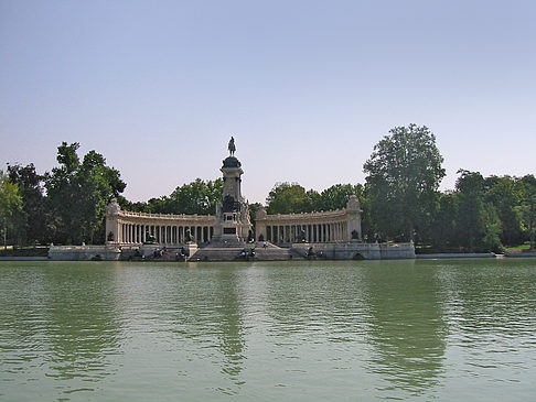 Foto Monumento a Alfonso XII - Madrid
